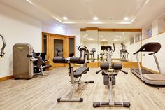 Hotel in Wals bei Salzburg Salzburg, Techno, Conference Room, Table, Furniture, Home Decor, Gym Room, Environment, House