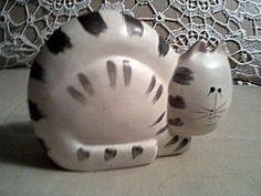 Ceramic cat
