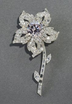The Williamson brooch, 1953, Cartier. The British Royal Jewels collection.