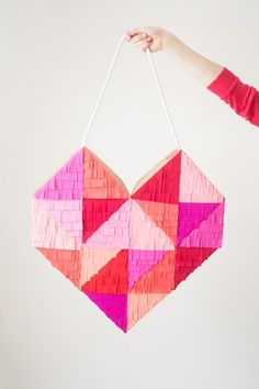 A Bright, Colorful & Fringe-Filled Geometric Heart DIY. The perfect craft and decoration idea for Valentine's Day! Valentines Day Food, Valentine Day Crafts, Be My Valentine, Valentine Desserts, Valentine Party, Valentine Cookies, Valentine Decorations, Diy Piñata, Diy Crafts