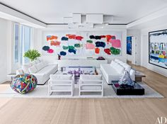 13 White Living Rooms Photos   Architectural Digest