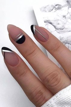 - Nail Art - Simple Line Nail Art Designs You Need To Try Now line nail art design, minim. Simple Line Nail Art Designs You Need To Try Now line nail art design, minimalist nails, simple nails, stripes line nail designs. Line Nail Designs, Black Nail Designs, Simple Nail Art Designs, Easy Nail Art, Cool Nail Art, Elegant Nail Designs, Simple Art, Cute Nails, Pretty Nails