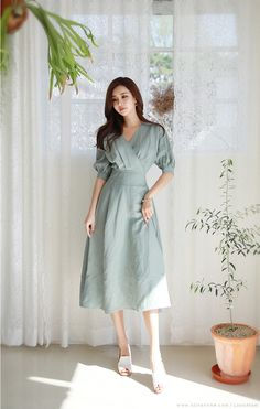 Women's Fashion Tips Modest Dresses, Simple Dresses, Pretty Dresses, Summer Dresses, Vintage Dresses, Vintage Outfits, Vintage Fashion, Moda Korea, Ulzzang Fashion