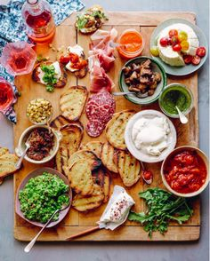 The Love of Entertaining ::  The Art of a Charcuterie