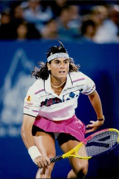 Gabriela Sabatini of Argentina is pictured in action during her 3rd round ladies singles match against Sabine Appelmans of Belgium at the 1995 US Open. Sabatini easily defeated Sabine by a final of 6-1, 6-1. With the victory, Sabatini improved her record against Sabine to 3-0 in head-to-head singles play. Sport Tennis, Play Tennis, Us Open, Wimbledon, Monica Seles, Crotch Shots, Tennis Players Female, Tennis Stars, Sporty Girls