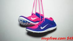 I know this flag, the best Nike sneakers ! Best Sneakers, Nike Sneakers, Nike Shoes, Sneakers Fashion, Popular Sports, Half Price, Sports Shoes, Baby Shoes, Sporty