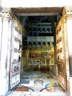 Entrada Basílica del Sto  Sepulcro