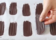 How to Make Chocolate Brush Strokes