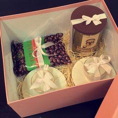 فناجيل قهوه  قهوة  شوكلاته  by layali_gifts