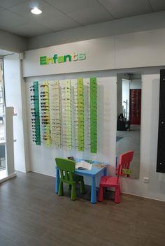 Showroom optique | JCDA agencement du magasin d'optique Les lunettes de Jules 33 - espace enfant
