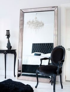 that black headboard! the chandelier! i love it :) bedroom decor. that black headboard! the chandelier! Black White Rooms, Black And White Interior, Bedroom Black, Monochrome Bedroom, Black Bedrooms, French Bedrooms, White Rug, Master Bedrooms, Black And Silver Bedroom