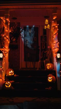 If you're looking to up your decorating game this flying ghosts and orange chain lights will do the trick. If you're looking to up your decorating game this flying ghosts and orange chain lights will do the trick. Fröhliches Halloween, Adornos Halloween, Halloween Birthday, Holidays Halloween, Halloween Garage, Halloween Graveyard, Halloween Displays, Vintage Halloween, Halloween Yard Ideas