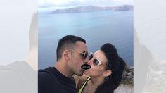 Jose Enrique dan Amy Jaine. Ups...disensor dah.. - INDOSPORT.com