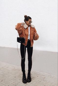 Comfy Winter Brunch Outfits For Girls - Wass Sell Source by wasssellcom Winter fashion Casual Winter Outfits, Winter Fashion Outfits, Look Fashion, Fall Outfits, Autumn Fashion, Comfy Winter Outfit, Casual Brunch Outfit, Ootd Winter, Comfy Outfit