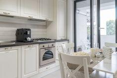 Kitchen Design, Kitchen Cabinets, House, Showroom, Home Decor, Decoration Home, Design Of Kitchen, Home, Room Decor