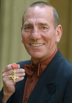 Famous Faces of Pancreatic Cancer Pete Postlethwaite, Forever Memories, Steven Spielberg, Amy Winehouse, British Actors, Best Actor, Famous Faces, Actors & Actresses, Photo Galleries