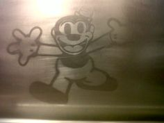 Mickey - Ascenseur Abesses - Paris XVIII