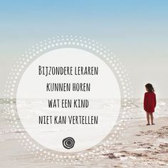 """""""ERKENNEND LUISTEREN"""" door Maarten Van de Broek 9 en 10 februari 2017 - Wil jij de kunst van het vragen stellen beter beheersen? - Wil jij leren hoe je eerst in verbinding kan gaan alvorens te reageren met je eigen kijk? - Wil jij gedemotiveerde leerlingen helpen? Luisteren is de belangrijkste vaardigheid voor een goed contact. De meeste mensen weten wat 'actief luisteren' is. Erkennend luisteren gaat verder. Wanneer mensen zich werkelijk gezien en gehoord voelen ontstaat een goed contac... Teaching Quotes, Writing Quotes, Art Quotes, Life Quotes, Inspirational Quotes, Intercultural Communication, Teachers Be Like, School Info, Leader In Me"""