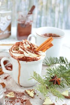 With 3 ingredients and some spices you will get an amazing natural drink. Ready in 5 min tasty and healthy. [in Romanian] Pastry Cake, Frappe, Chocolate Coffee, Cacao, Dessert Recipes, Desserts, 3 Ingredients, Cocktail Recipes, Healthy Snacks