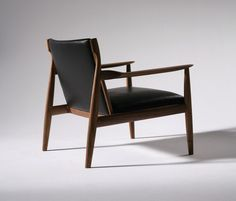 Armchairs | Seating | Claude Easy Chair | Ritzwell | Shinsaku. Check it out on Architonic