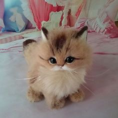 Needle felted kitten by from Japan by - minifactory design Needle Felted Cat, Needle Felted Animals, Felt Animals, Cute Cats And Kittens, Kittens Cutest, Needle Felting Tutorials, Felt Cat, Cute Little Animals, Felt Toys