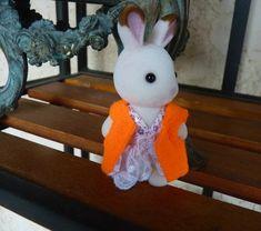 Vêtements pour Petit Malin ou Sylvanian - *** Couture - tricot - scrapbooking - bijoux *** Sylvanian Families, Scrapbooking, Diy For Kids, Creations, Snoopy, Toys, Character, Art, Easy Decorations