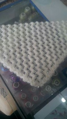 This Pin was discovered by Giz Crochet Poncho, Love Crochet, Crochet Scarves, Easy Crochet, Knitting Stiches, Crochet Stitches, Baby Knitting, Cross Patterns, Baby Patterns