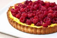 Breakfast Dessert, Dessert Bars, Dessert Recipes, Raspberry Tarts, Good Food, Yummy Food, Romanian Food, Cheesecake, Deserts