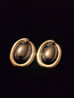 Gold and Black Vintage 90s Round Earrings Clip Greek Gallery Jewelry. Dimensions: 3x2cm, Color: Black & Gold I was lucky to acquire the remaining