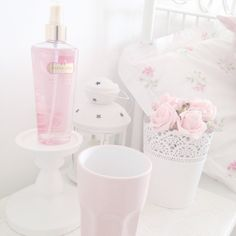 pink, room, and bed kép Foto Pastel, Pastel Pink, Princess Aesthetic, Pink Aesthetic, All Things Cute, Girly Things, Girly Stuff, Cute Pink, Pretty In Pink
