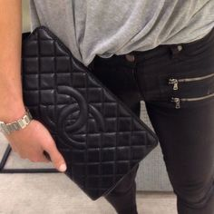 sports luxe ☆ Chanel clutch with grey sports tee and black skinny jeans