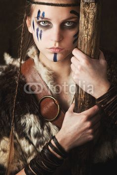 Stag Hunt by Laura DeLuca is a short fantasy novel centering around Celtic pagan lore, with a highly empowered main female protagonist. Larp, Krieger Make-up, Lost Boys Costume, Barbarian Costume, Warrior Makeup, Viking Costume, Viking Dress, Viking Warrior, Viking Woman