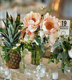 ETC Weddings: De piñas y bodas...