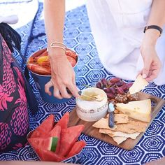 Picnic season is on it's way ☀ up on the Ciroa Journal we've put together our top tips for creating the perfect beach picnic - tap link in bio to read on  .  .  .  #ciroa #picnic #summer #foodie #instafood #cheesboard #cheese #summer #spring    #Regram via @www.instagram.com/p/BvUlmWfnZ2C/