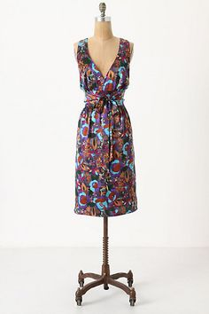 I don't know why Anthropologie tortures us with a $325 price tag.  I LOVE this dress, BUT, I will love it from a distance.  Maybe someone else can buy it and enjoy it.