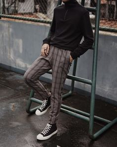 We're forecasting a lot of the Prince of Wales print, houndstooth, and even gingham on many a pant this year.