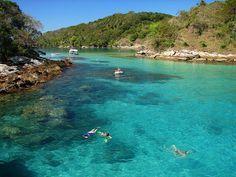 Conheça as 10 melhores praias do Brasil Lagoa azul - Ilha Grande - RJ