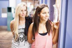 dance academy movie   Bild 2 von 3: Kat (Alicia Banit, li.) und Abigail (Dena Kaplan, re ...