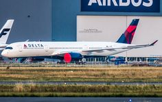 On Wednesday, Delta´s first Airbus A350-900XWB emerged paint shop. Photo by Jujug Spotting
