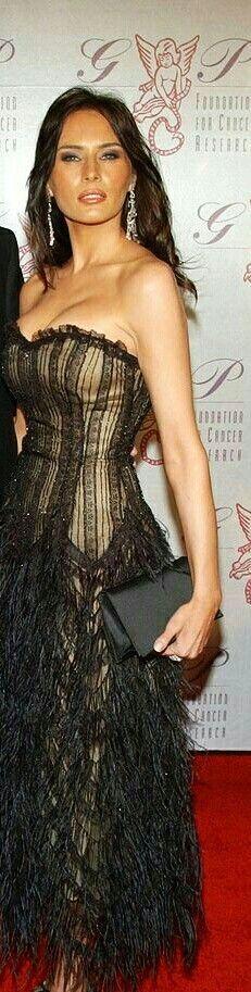 She is super sexy beautiful Malania Trump, John Trump, Black Is Beautiful, Most Beautiful Women, Absolutely Gorgeous, Lysandre Nadeau, Donald Trump Family, Melania Knauss Trump, First Lady Melania Trump