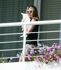 Jennifer Aniston - Celebrities and their dogs