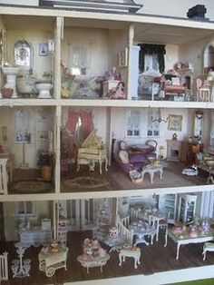 My French Chateau dollhouse in progress :D
