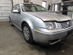 Parting out 2003 Volkswagen Jetta – Stock # 140204