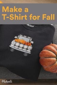 Fall Crafts For Kids, Thanksgiving Crafts, Crafts To Make, Fall Sewing, Cricut Craft Room, Fall Pumpkins, White Pumpkins, Fall Projects, Cricut Tutorials