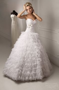 capelli-couture-wedding-dress-2013-bridal-russia-linda-strapless-ball-gown-ruffle-skirt