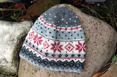 Knitted fair isle hat Christmas gift Christmas pattern Hand knit hat Warm  wool knit hat Winter 9d853cfda
