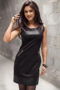 Czarna sukienka mini  bez rękawów z ekoskórą i zameczkami