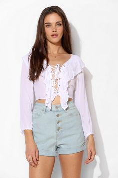 21ec7efbf19 BDG Chloe Exposed-Button Short Urban Outfitters Jeans