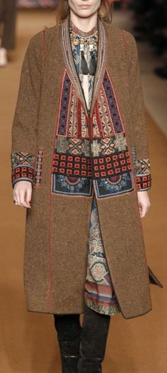 AUTUMN/WINTER 2014-15 READY-TO-WEAR ETRO | tribal detailing and earth tone colors on this topper #mizustyle