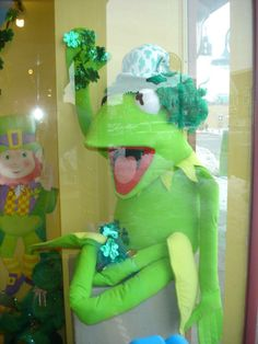 2014 St. Patrick's Day Window at The Funky Frog, Children's Resale Boutique